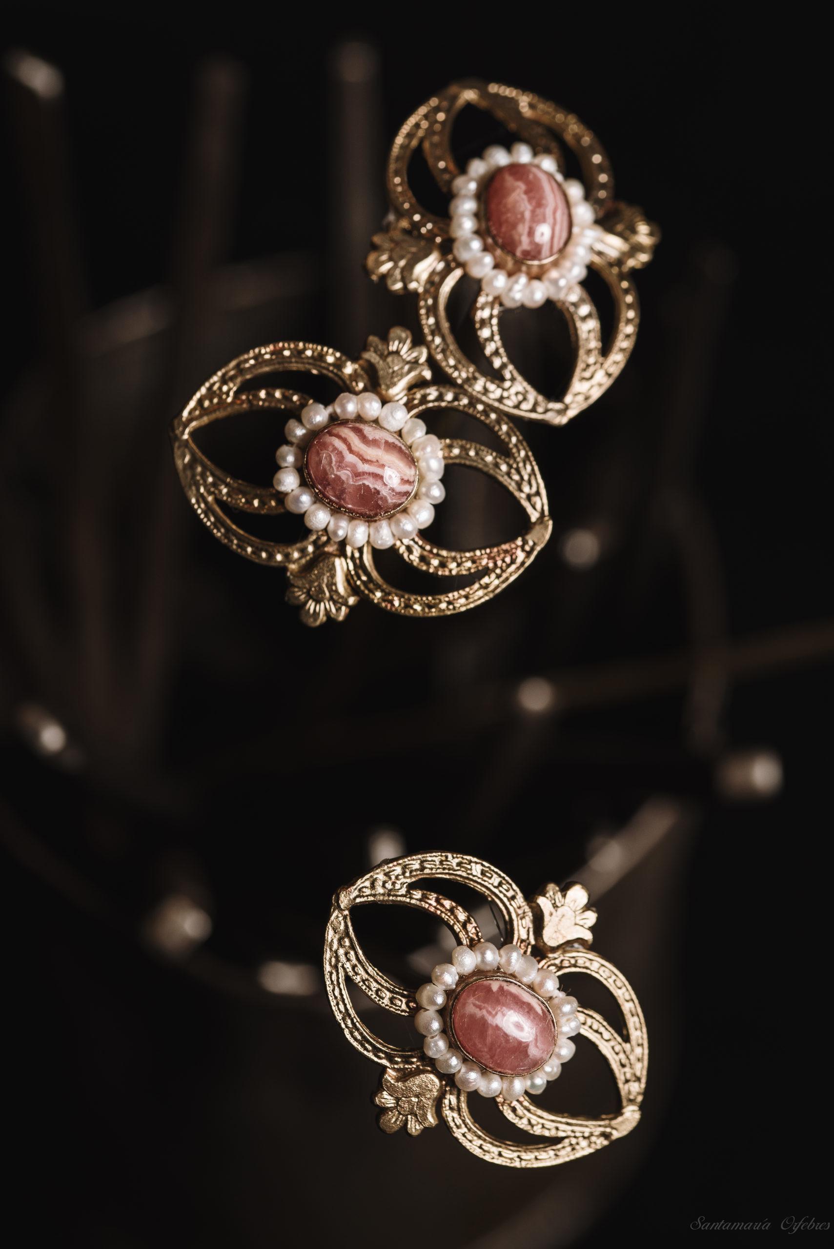 Juego de Pinchos aderezo Carmencita, rodocrosita y perlas cultivadas.